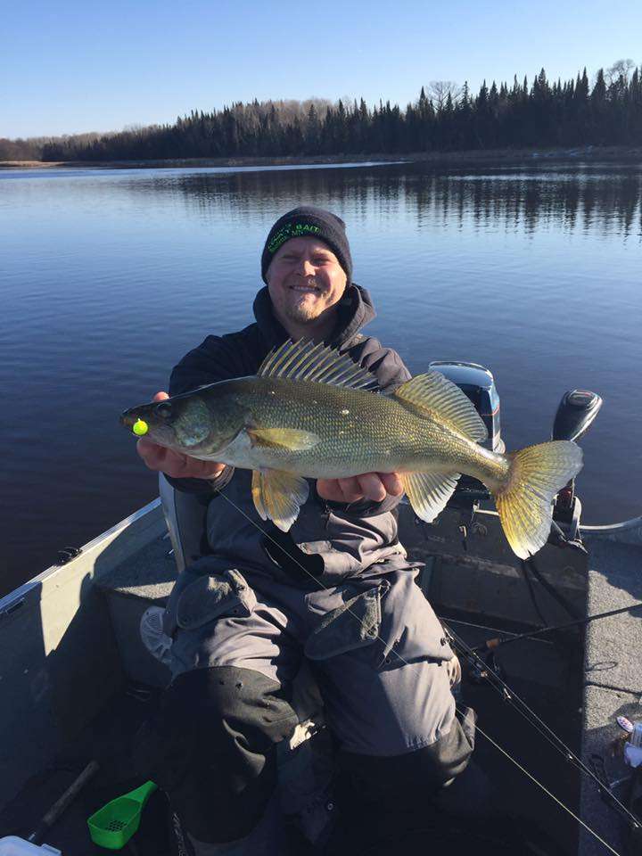 Lake of the woods mn fishing report page 1 publications for Mn ice fishing regulations